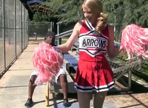 Cheerleader deepthroat