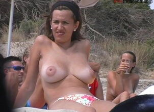 Teen nudist tits