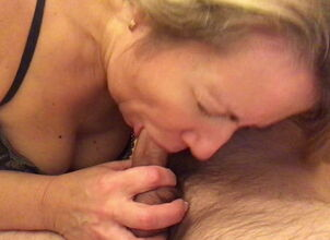 Young amateur bj